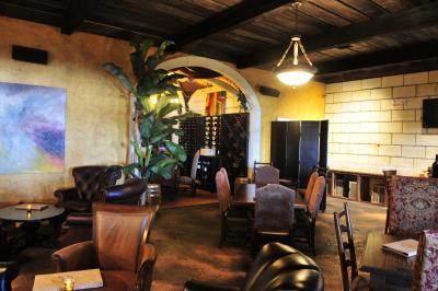 Crescent Moon Wine Bar (Interior) in Spring, Texas & The Woodlands, Texas