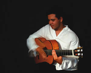 Guillermo Serpas will be performing at Salento Cafe