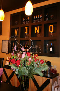 Wine down friday at Vino 100, The Woodlands, Houston, wine tasting, wine bar